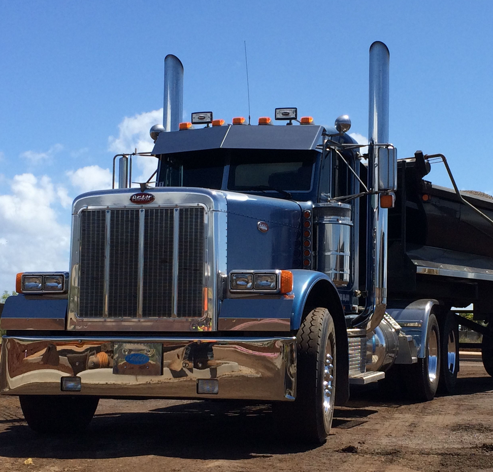 Alex Gomes Trucking Maui Hawaii